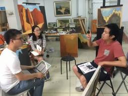 《中国青年报》在牛浩东工作室采访